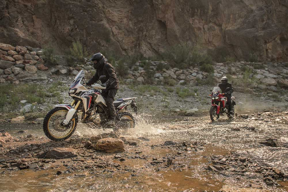 CRF1000L_Africa_Twin_02