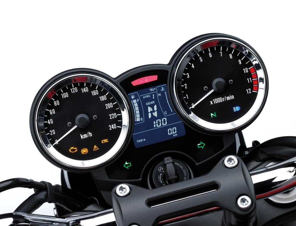 z900-rs-40
